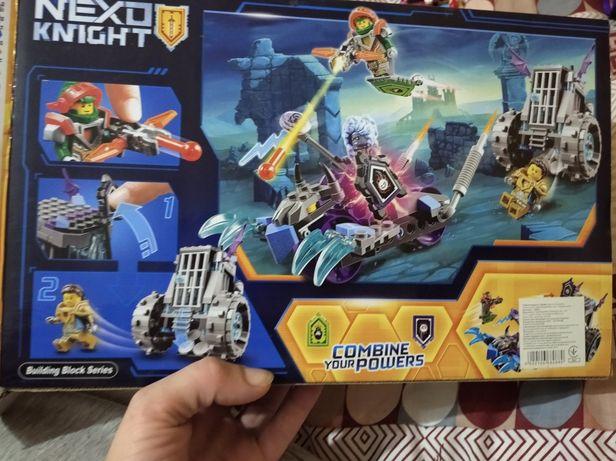 Конструктор типа Лего для мальчиков. 224 детали. Война миров.