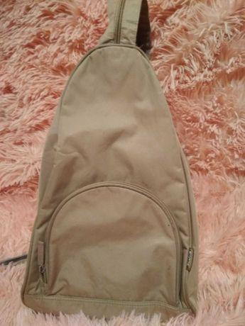 Жіночий бежевий рюкзак