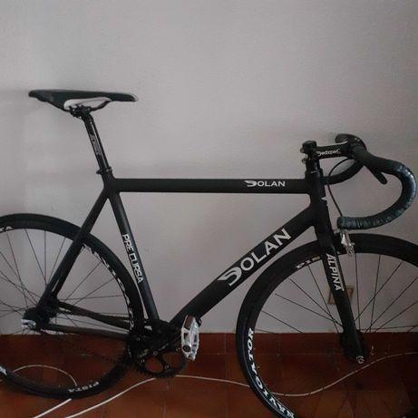 Bicicleta de pista Dolan