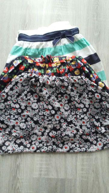 3 szt sukieneczki r.104