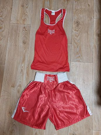 Боксерский костюм