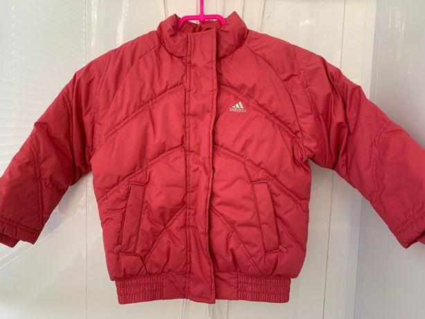 Adidas Детская курточка на девочку 9-12 лет 110 см демисезонная