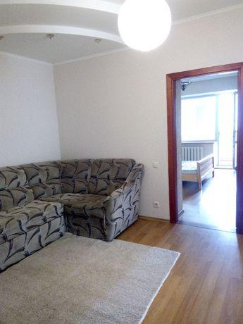 Продам 3-х к. квартиру в кирпичном доме, пр. Независимости.