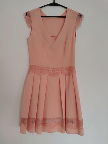 Brzoskwiniowa elegancka sukienka - r. 38