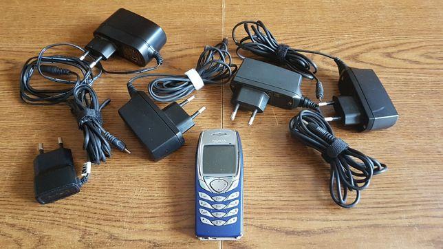 Zestaw  Nokia 6100 plus różne ladowarki