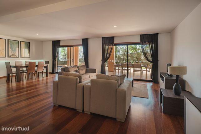 Baia da Luz, 25-0B - Designer Garden Apartment