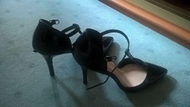 buty na obcasie 10cm kabaretki