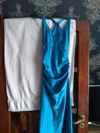 Atłasowa suknia wieczorowa