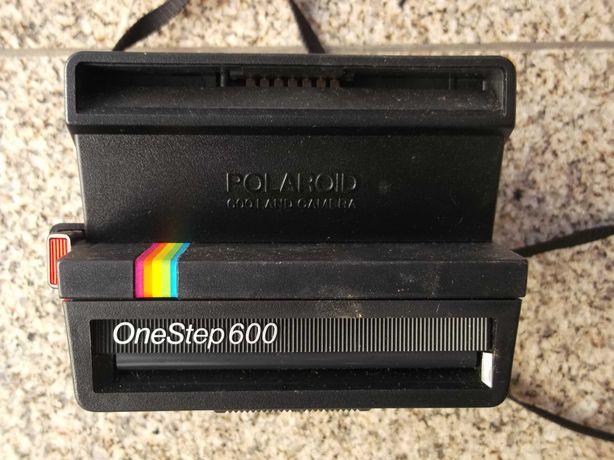 Maquina Fotográfica Polaroid One Step 600