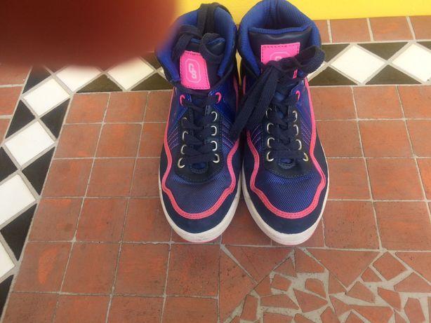 Buty sportowe do kostki Tanio Go Sport sznurowane bdb niebieskie