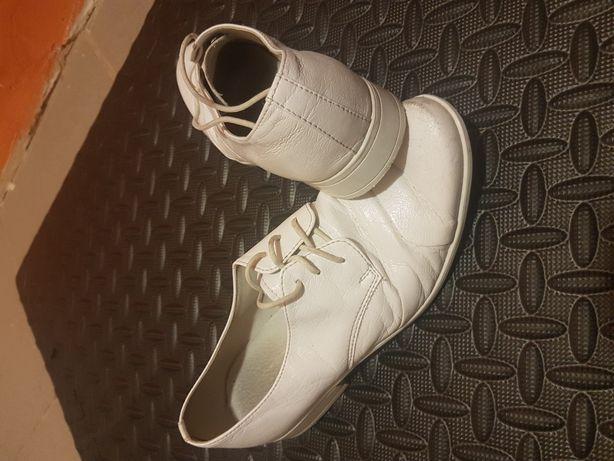 Półbuty 36 buty komunijne