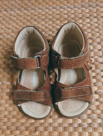 Sandałki Mrugała skorzane indian 23 lato