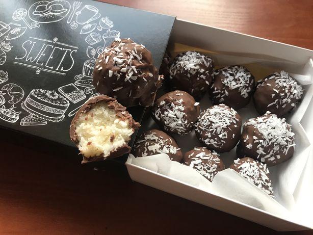 """Авторські кокосові цукерки """"Coco"""""""