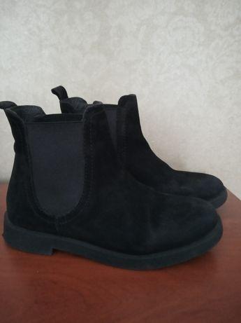 Осінні черевички Zara