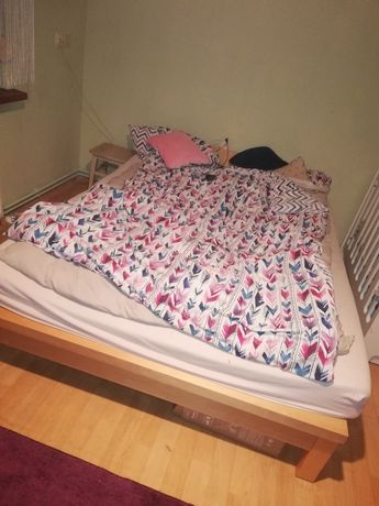 Sprzedam łóżko małżeńskie 140/200