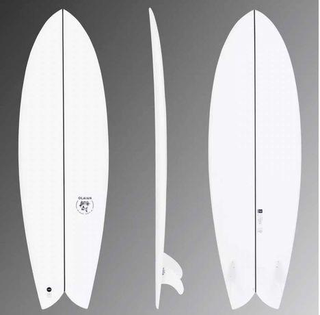 Prancha SURF FISH 5'8 35L epoxi+finos+deck (PRACTICAMENTE NOVA)