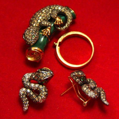 Продам золотые кольцо, серьги и брошь с бриллиантами
