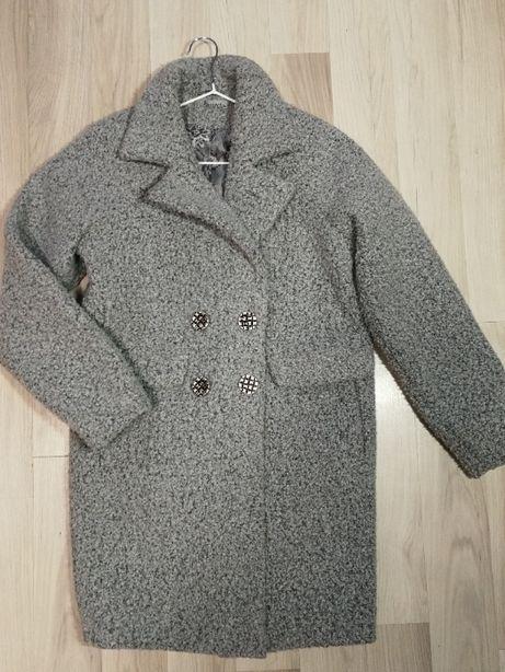 Модное пальтишко- бойфренд для девочки