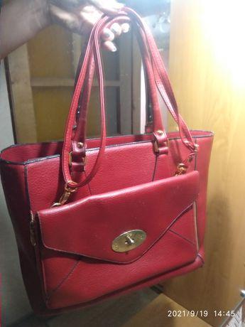 Красная сумка каркасная с клатчем