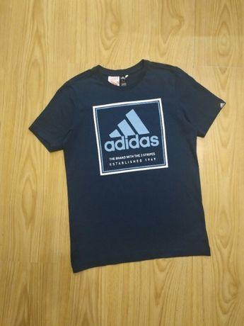 Крутая футболка Adidas оригинал на 11-12 лет