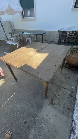 Mesa rústica/vintage de madeira para restauro