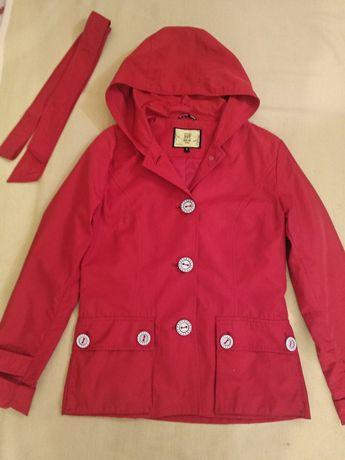 Женская весенняя куртка S/M как новая