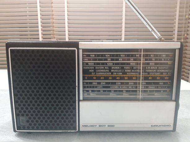 GRUNDIG MELODY BOY 600 radio vintage retro