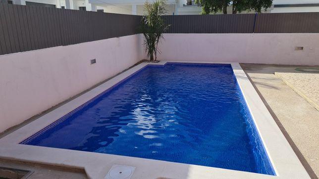 Execução de piscina