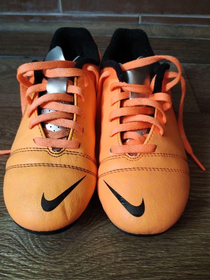 Бутсы кроссовки Nike Терновка - изображение 1