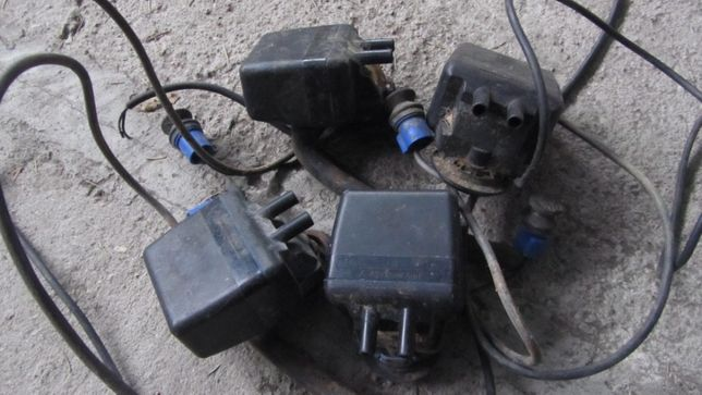 Pulsatory elektroniczne Delaval , nowe i używane.