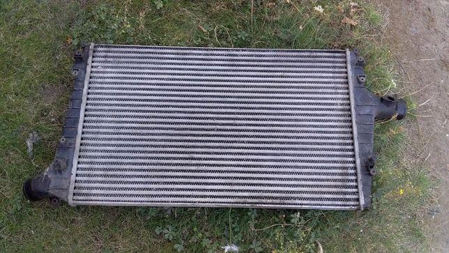 Радиатор интеркулера Audi A6C5 A4 Passat B5 2.5TDI