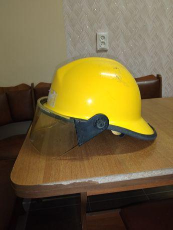 Продам каску пожарного bullard fxe