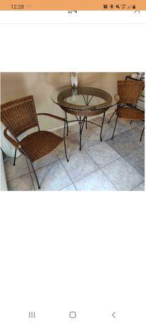 Krzesła plus stół  rattan