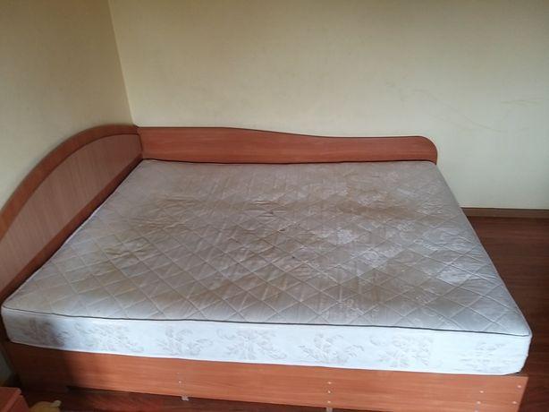 Продам ліжко двоспальне