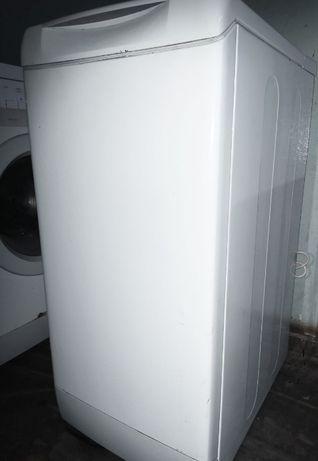 Верхняя загрузка (5 кг) Стиральная машина Ariston AVTF 109