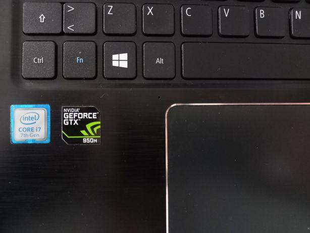 Acer Aspire E 15 [i7-7500U / GTX 950M] (E5-575G-79TH)