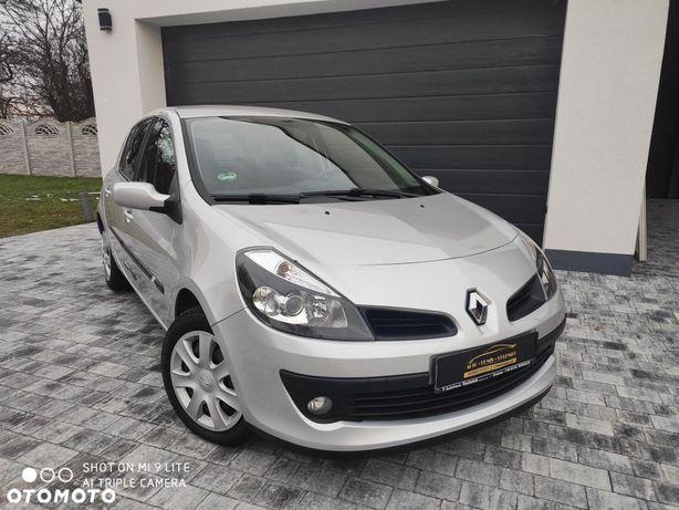 Renault Clio Super stan przebieg 66 tys km