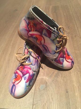 Buty dziecięce firmy MEKA rozmiar 31