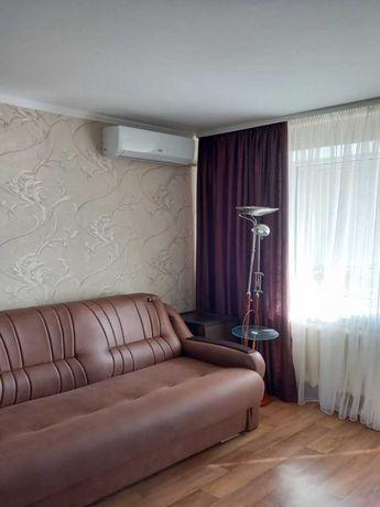 Продам 1 комнатную квартиру в районе пл. Зыгина