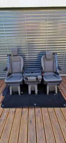 Fotele do busa kampera z mocowaniami stolik pasy