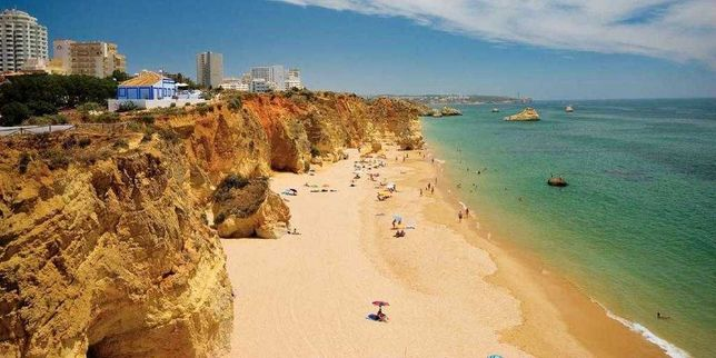 A ESTREAR Junho-Julho- Agosto T1 Praia da Rocha - c/ Piscina e Garagem