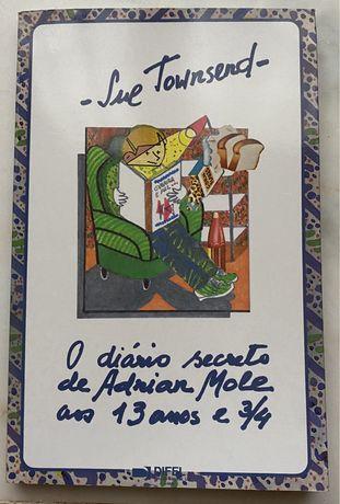 "Livro ""O diario secreto de Adrian Mole"""
