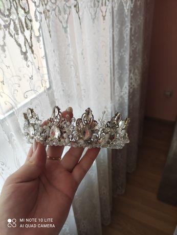Корона, діадема на весілля, випускний