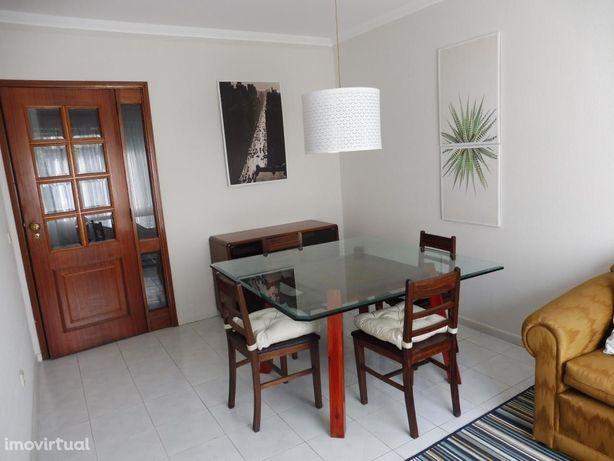 Aluga-se Apartamento T1+1 Rio Tinto - 500 metros Parque Nascente