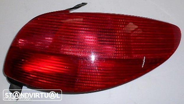 Farolim Peugeot 206 Dir - Usado