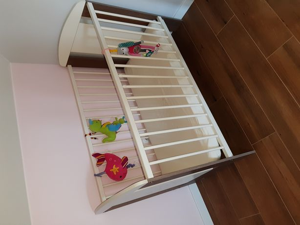 Łóżeczko dziecięce 70×130 z materacem