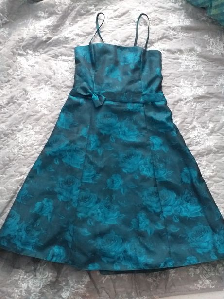 Sukienka elegancka r.40