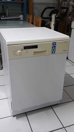 Máquina de Lavar Loiça Whirlpool