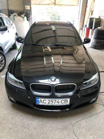 BMW 318 2010 года