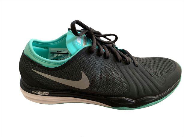 Ténis Nike Dual Fusion